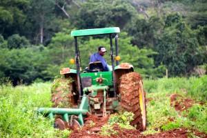 Agriculture-Mécanisation-en-Afrique_Philippe-de-Moerloose-SDIAG_Photo-2